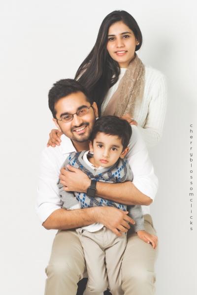 DIVYANSH & FAMILY