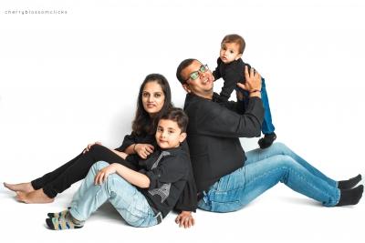 SHIVAANYA & FAMILY