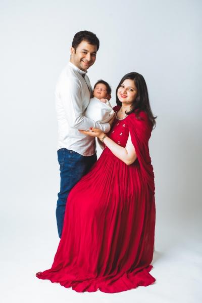 AVIRAJ & FAMILY